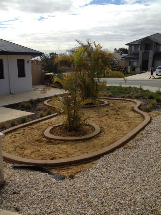 durable lawn edging