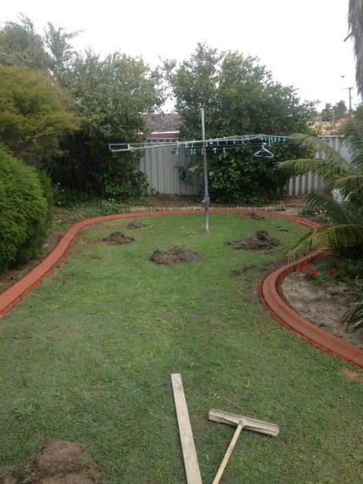 garden lawn edging in Perth
