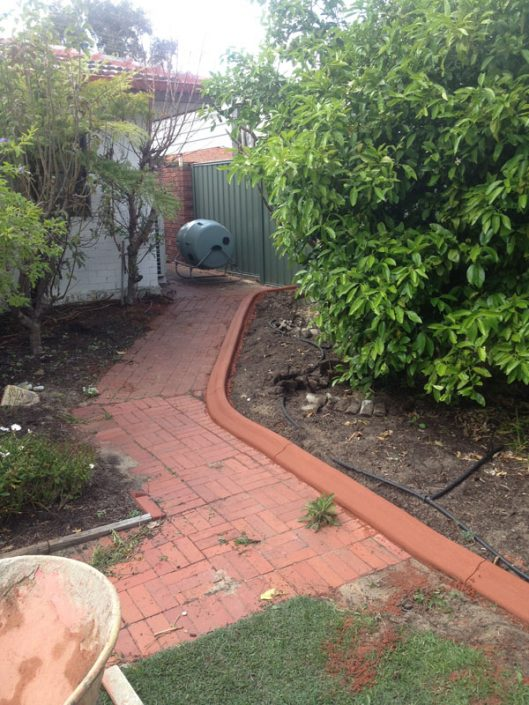 concrete garden kerbing